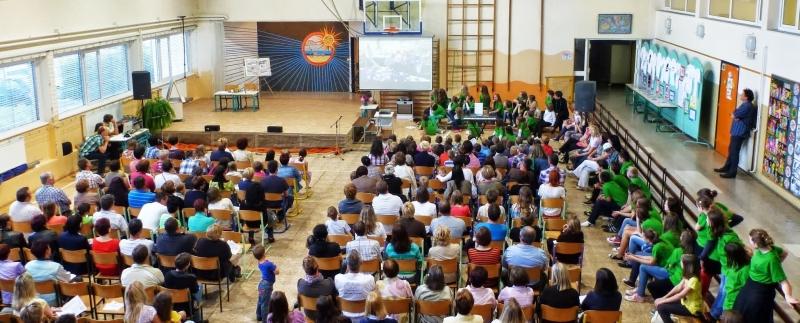 Javna šolska prireditev z razstavo ustvarjalnega natečaja na OŠ Kapela11