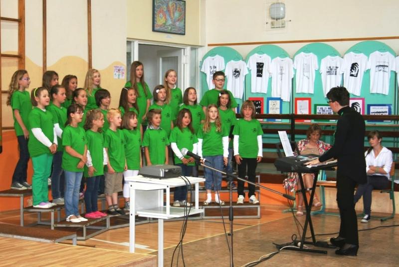 Javna šolska prireditev z razstavo ustvarjalnega natečaja na OŠ Kapela7