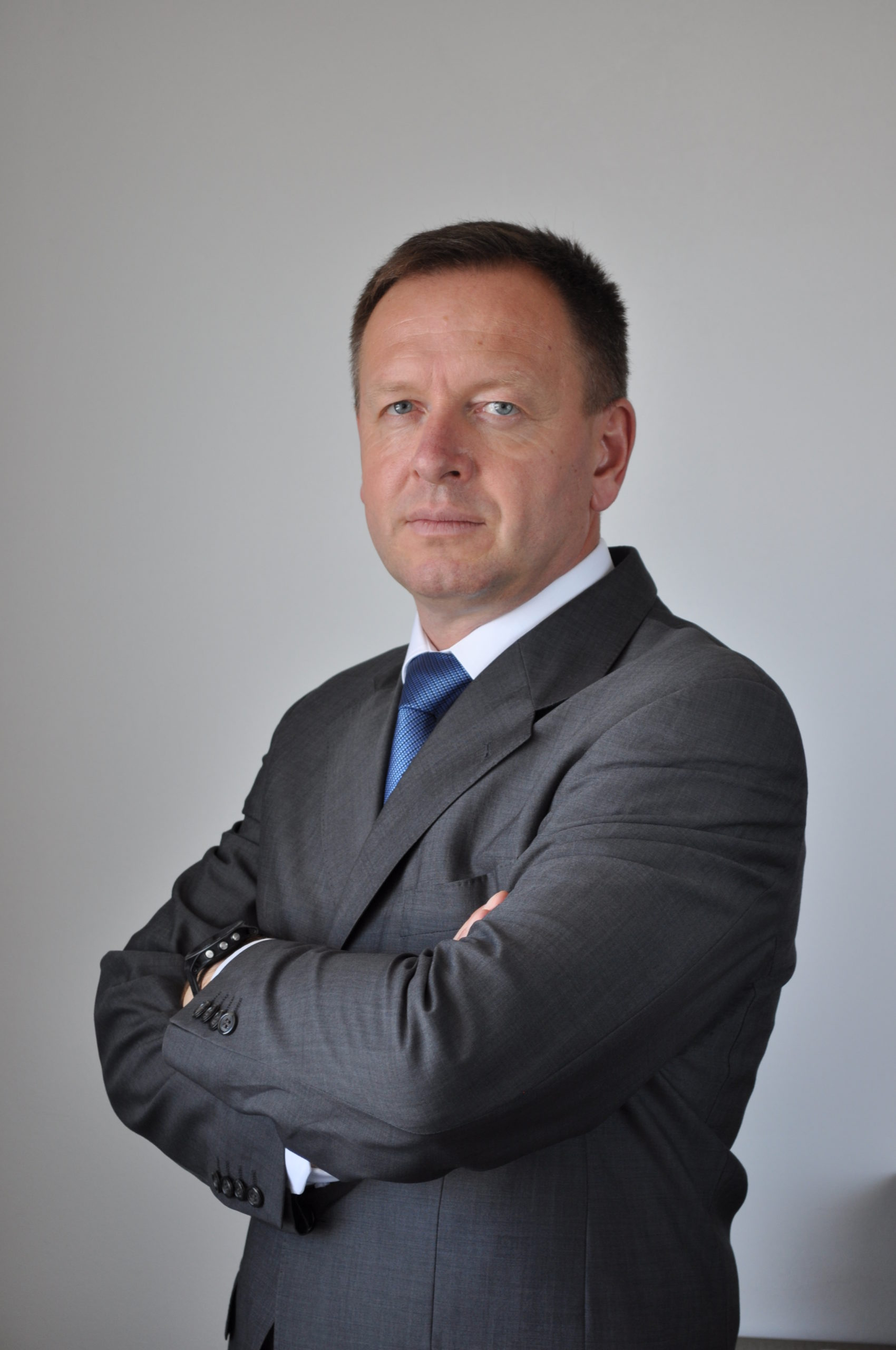Predsednik Komisije dr. Robert Šumi